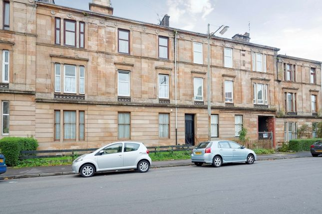 Thumbnail Flat for sale in Queen Mary Avenue, Glasgow