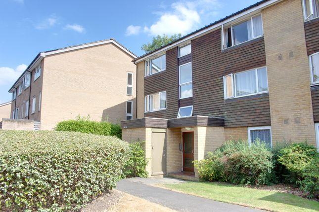 Thumbnail Flat to rent in Greenacres, Croydon