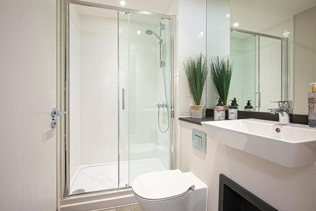 """4 bedroom triplex for sale in """"Ruffle House"""" at Station Parade, Green Street, London"""