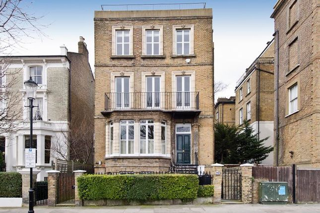 Thumbnail Property to rent in Oxford Gardens, London