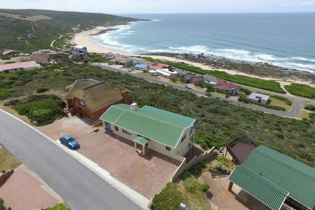 4 bed detached house for sale in Still Bay, South Africa