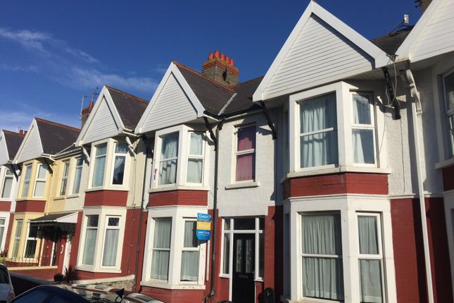 Thumbnail Flat to rent in Picton Avenue, Porthcawl
