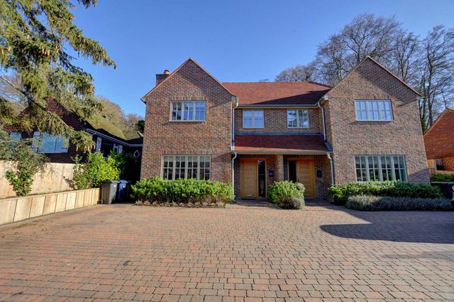Thumbnail Semi-detached house to rent in Marlow Bottom, Marlow