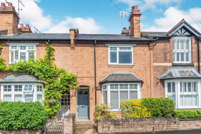 Thumbnail Terraced house for sale in Woodcote Road, Warwick
