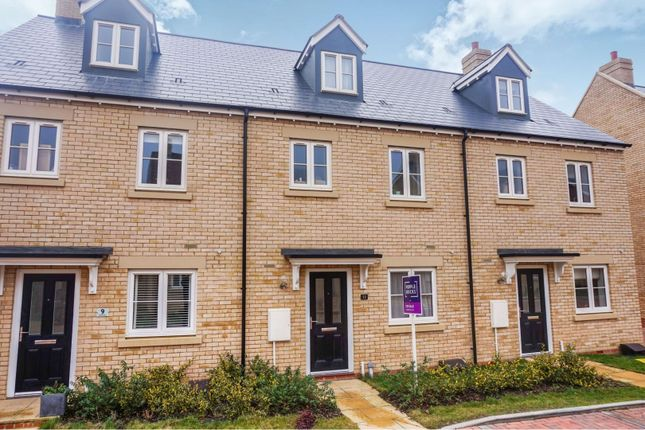 Thumbnail Town house for sale in Howes Lane, Chipping Norton