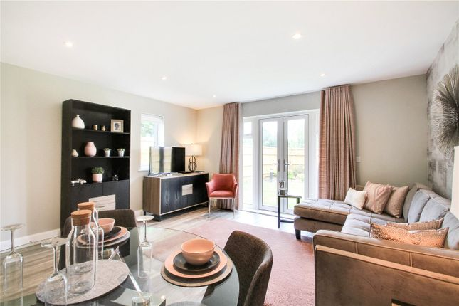 Thumbnail Flat for sale in Hengist Drive, Aylesford, Kent