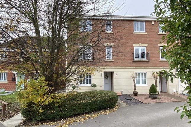 Thumbnail End terrace house for sale in Goldstraw Lane, Fernwood, Newark, Nottinghamshire.