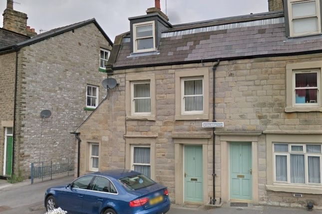 3 bed semi-detached house to rent in West Road, Buxton SK17