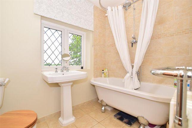 Bathroom of Chapmans Hill, Meopham, Kent DA13