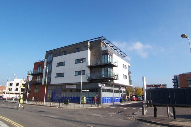 2 bedroom flat to rent in Ranger Court, Ocean Way, Southampton