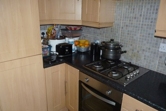 Thumbnail Bungalow to rent in Briardale Road, Bradford