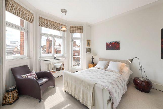 Bedroom of Cadogan Gardens, London SW3