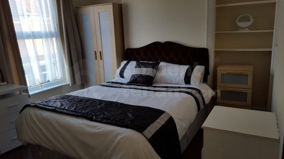 Bed 1 View 2 of Sharp Street, Hull, Kingston Upon Hull HU5