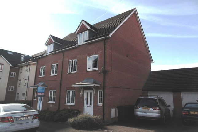 4 bed semi-detached house to rent in Baxendale Road, Chichester