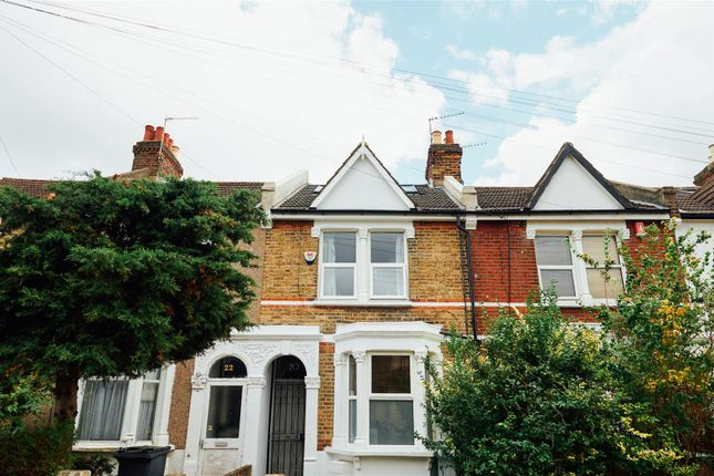 3 bed property for sale in Seaford Road, London