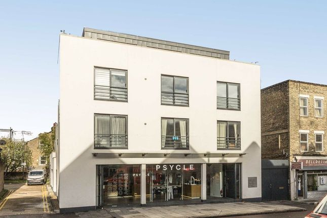 Studio for sale in Battersea Rise, London SW11