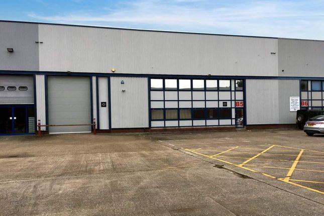 Thumbnail Light industrial to let in Unit Worton Grange Industrial Estate, Reading