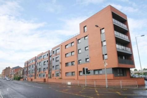 Thumbnail Flat to rent in Clarkston Road, Glasgow
