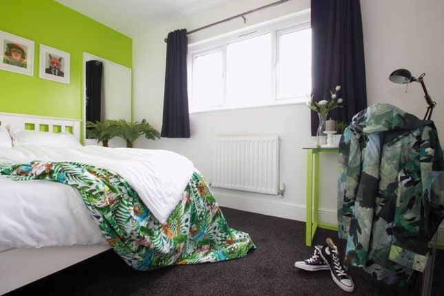 Thumbnail Property to rent in Halsbury Road, Liverpool