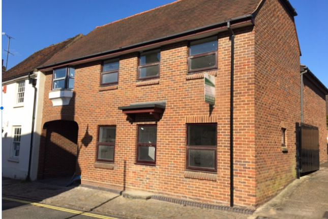 Thumbnail Flat for sale in Rickfords Hill, Aylesbury