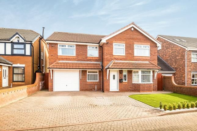 Thumbnail Detached house for sale in Cedardale Park, Widnes, Cheshire