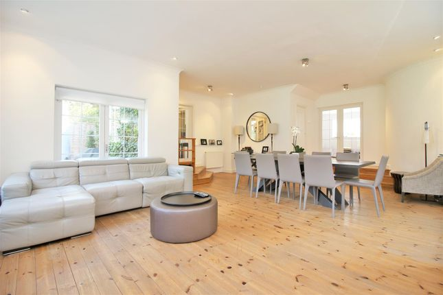Thumbnail Detached house to rent in Aldenham Avenue, Radlett