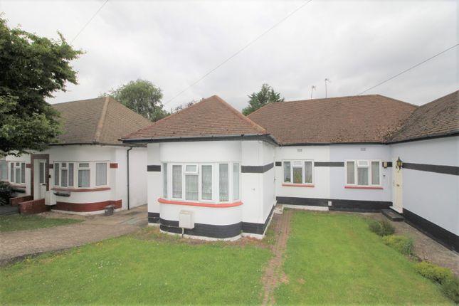 Thumbnail Bungalow to rent in Fairmead Crescent, Edgware