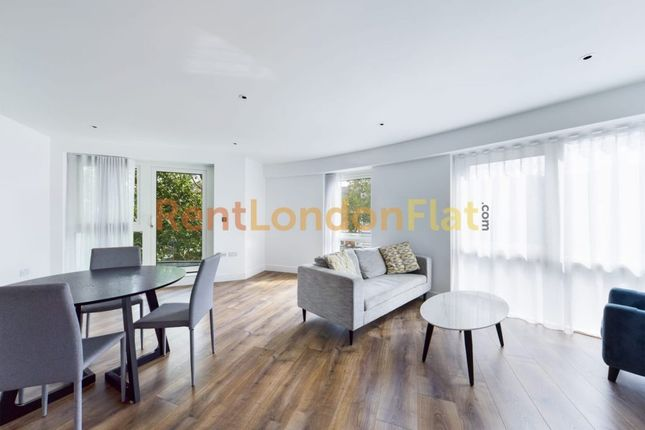 Thumbnail Flat to rent in New Broadway, London