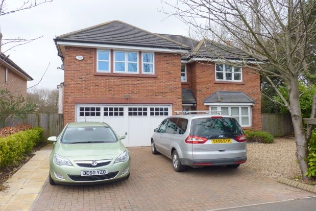 Thumbnail Detached house to rent in Vanderbyl Avenue, Spital, Wirral