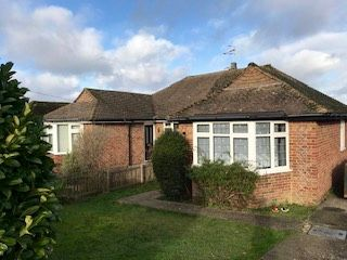 Thumbnail Bungalow to rent in Heathcote Drive, East Grinstead