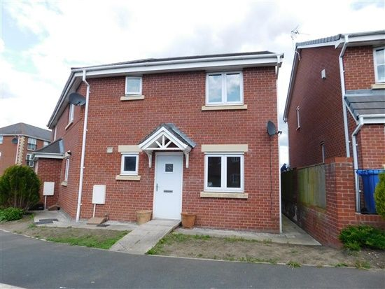 Thumbnail Flat for sale in Keepers Wood Way, Chorley