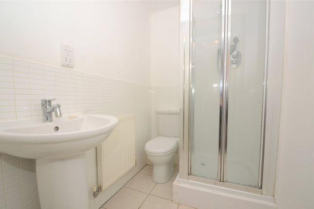 En Suite Shower of Riverside View Apartments, 1 Riverside View, Accrington, Lancashire BB5
