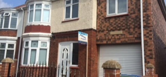 Thumbnail Semi-detached house to rent in Chatsworth Avenue, Bishop Auckland