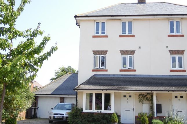 Thumbnail Semi-detached house for sale in Chichester Road, Hellingly, Hailsham