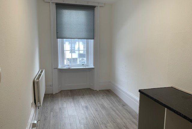Studio to rent in High Street, High Barnet, Barnet EN5