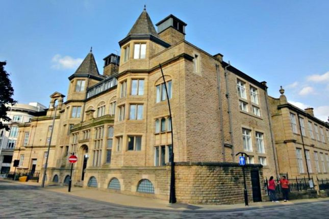 Thumbnail Flat to rent in Holly Street, Sheffield