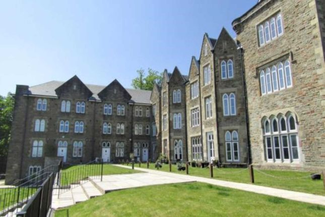 Thumbnail Town house to rent in Rembrandt Court, Sketty, Swansea