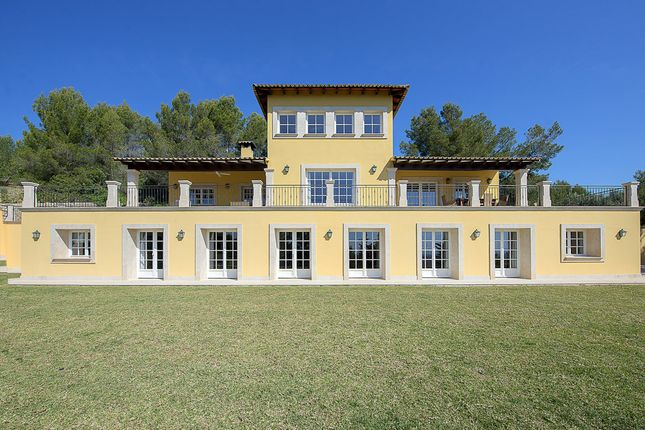 Thumbnail Villa for sale in Palma De Mallorca, Palma, Majorca, Balearic Islands, Spain