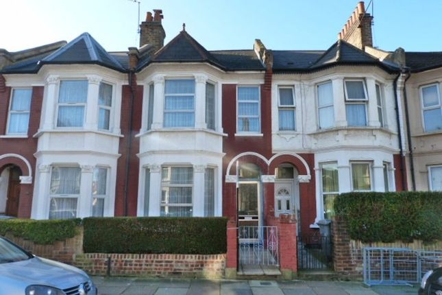 4 bed terraced house to rent in Buxton Road, London