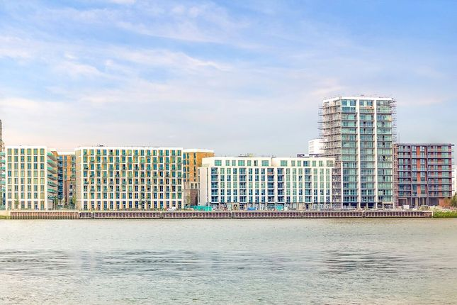 Thumbnail Flat for sale in The Admiralty, Royal Wharf, London