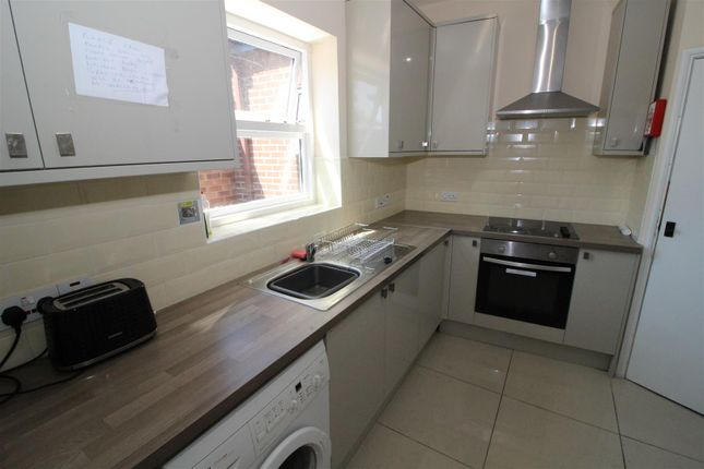 Thumbnail Property to rent in Magdalen Road, Norwich