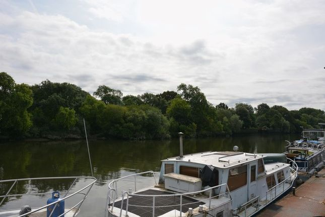 Views of Charlotte Sara, Swan Island Harbour, Twickenham TW1