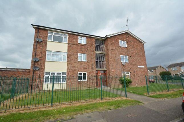 Thumbnail Flat to rent in Lethbridge Road, Paston