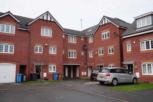 Thumbnail Flat to rent in Corbel Way, Monton