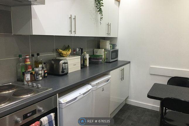 Kitchen of Gibson Street, Glasgow G12