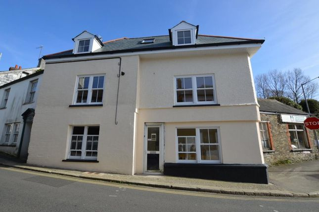 Thumbnail Flat to rent in Higher Lux Street, Liskeard, Cornwall