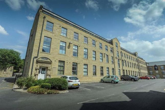 Thumbnail Flat to rent in Wood Street, Bingley