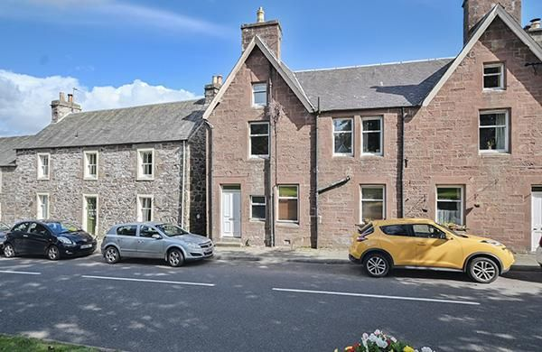 2 bed flat to rent in Willoughby Street, Muthill, Crieff PH5