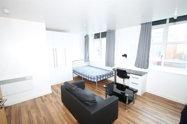 Thumbnail Property to rent in Clyde Court, Erskine Street, Leicester