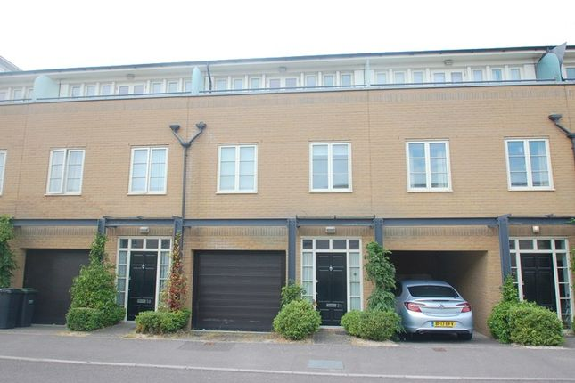 Thumbnail Town house for sale in Pavilion Way, Gosport